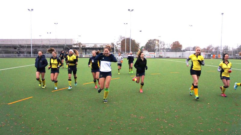 CCGrass hockey fields prove a winner in the Netherlands